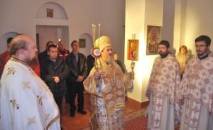 episkop-atanasije-sluzio-u-manastiru-rmanj (2)